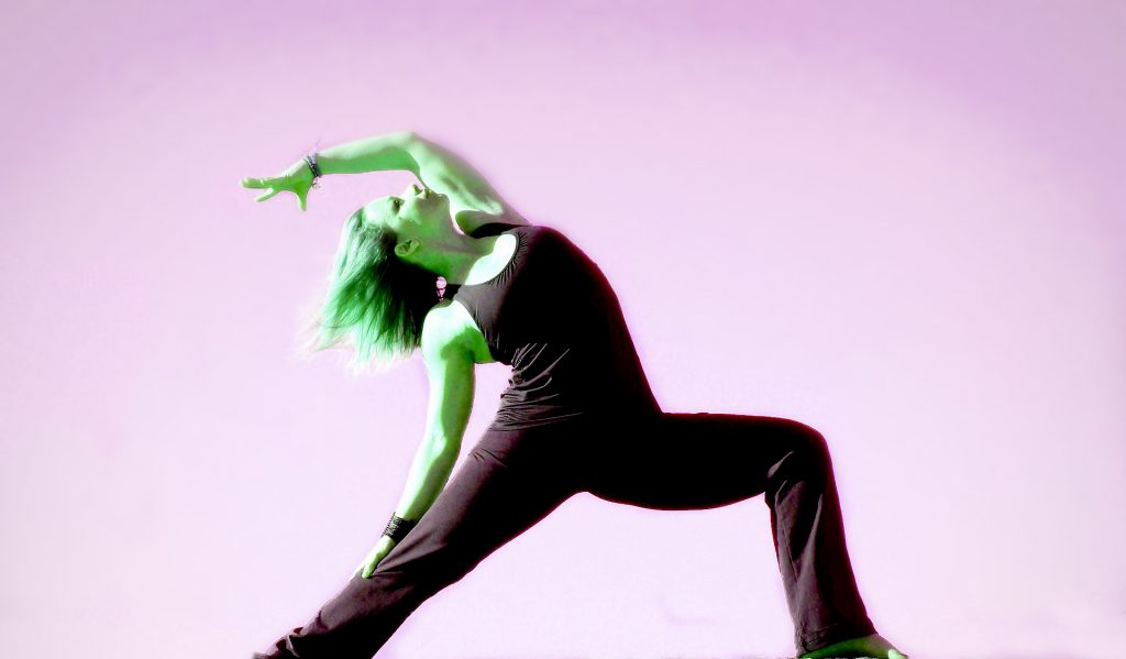 Dance-based Creative Flow Yoga (Yoga και σύγχρονος χορός)